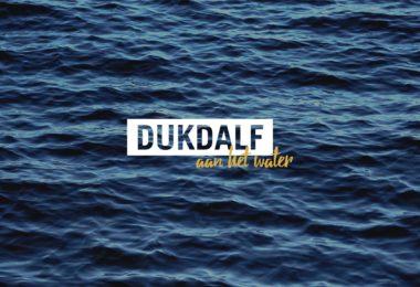 Dukdalf_aan_het_water_0_1